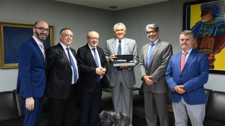 Governador recebe embaixador da Espanha